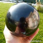Boule Schungite, diamètre env. 10 cm, Support offert.